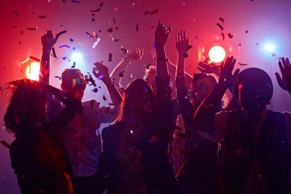 Festas de fim de ano no condomínio e pandemia. O que fazer?