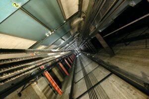 elevador com defeito pode causar ação na justiça