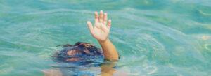 Segurança na piscina em condomínio